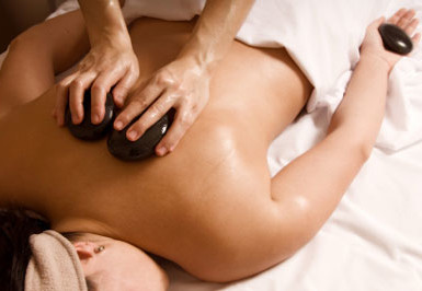 Ayurvedic Clay Hot Stone Massage
