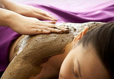 Ayurvedic Clay Massage