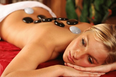 hot stone deep tissue massage